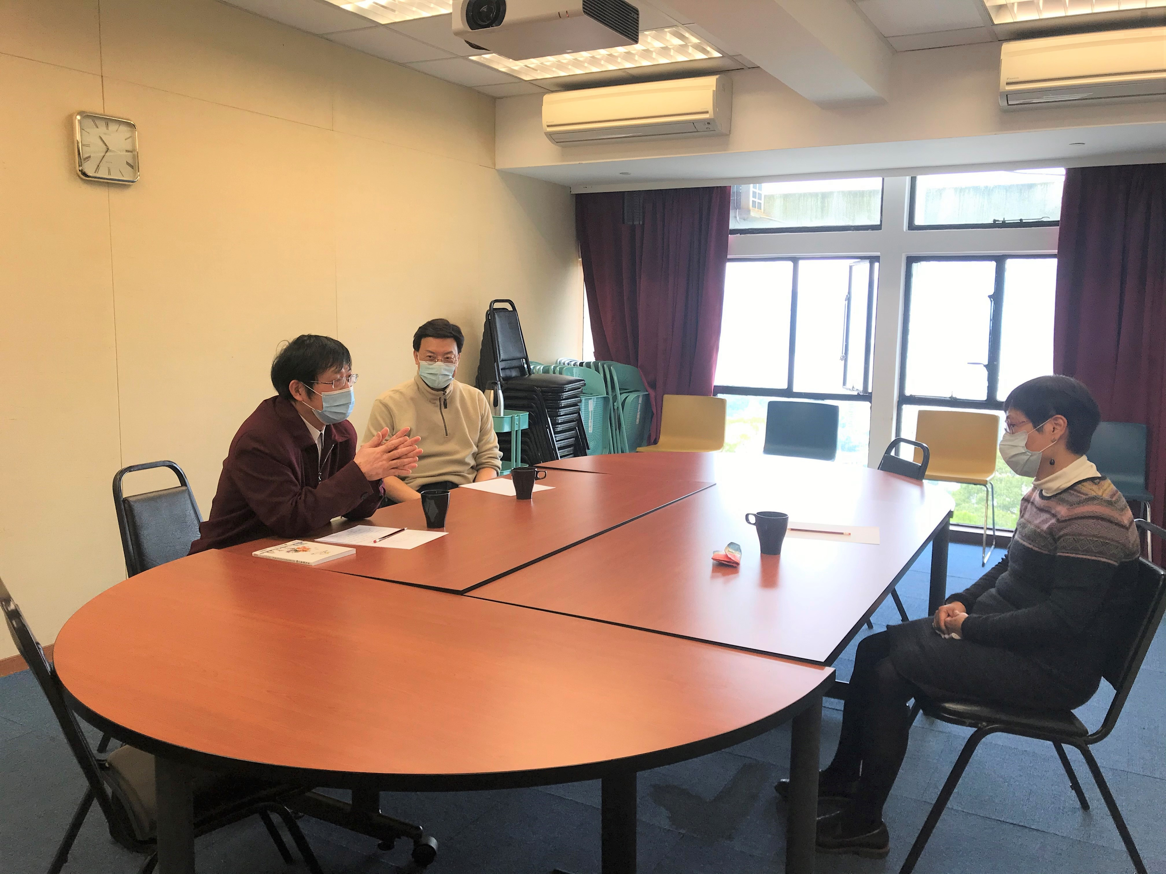 Meeting with Prof. Lin Ka tuned